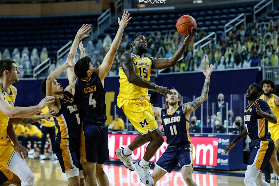 Michigan guard Chaundee Brown makes a layup against Toledo during the first half at Crisler Center in Ann Arbor, Wednesday, Dec. 9, 2020.