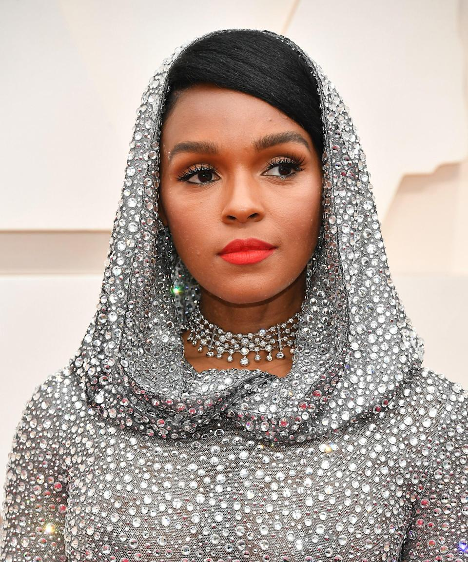 "<strong>Janelle Monáe, 2020</strong><br><br>Before the <a href=""https://www.refinery29.com/en-ca/tie-dye-trend-hoodie-blazer-shirt"" rel=""nofollow noopener"" target=""_blank"" data-ylk=""slk:tie-dye hoodie"" class=""link rapid-noclick-resp"">tie-dye hoodie </a>became a WFH staple, <a href=""https://www.refinery29.com/en-us/2020/02/9383520/janelle-monae-oscars-silver-dress-hood-ralph-lauren"" rel=""nofollow noopener"" target=""_blank"" data-ylk=""slk:Janelle Monáe's now-iconic Ralph Lauren sequined gown"" class=""link rapid-noclick-resp"">Janelle Monáe's now-iconic Ralph Lauren sequined gown</a> proved that the humble hood doubles as a hair accessory.<span class=""copyright"">Photo: Amy Sussman/Getty Images.</span>"