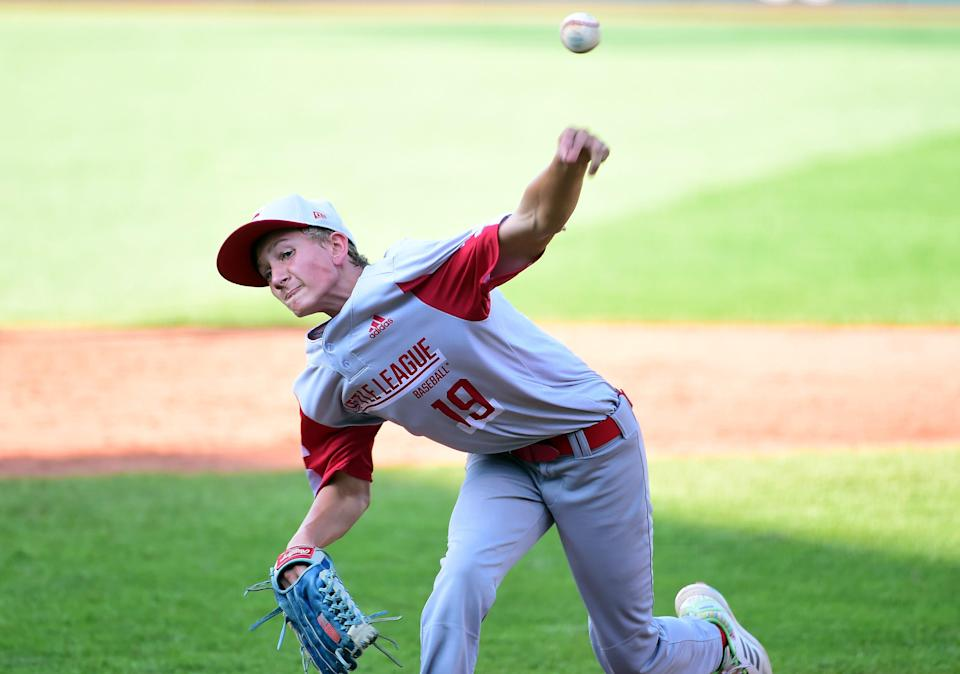 South Dakota pitcher Gavin Weir throws a pitch in the second inning of the game against California.