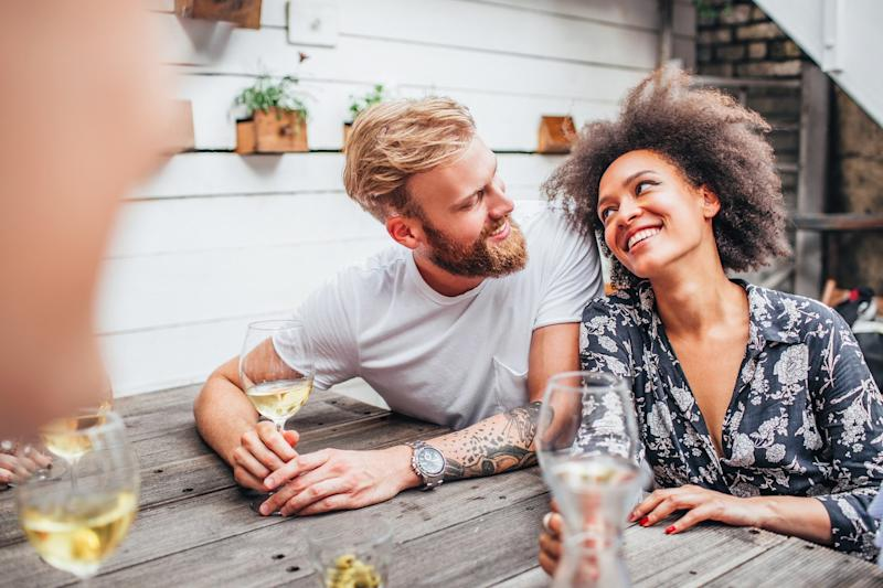 Here's How to Date an Introvert When You're an Extrovert
