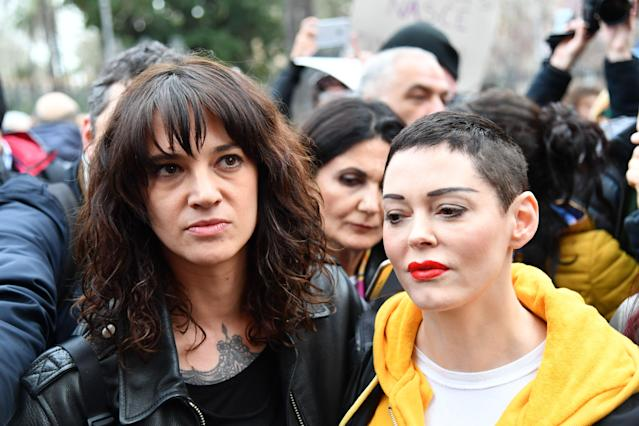 Asia Argento, left, and Rose McGowan take part in a #MeToo demonstration in Rome on March 8, as part of International Women's Day. (Photo: Alberto Pizzoli/AFP/Getty Images)