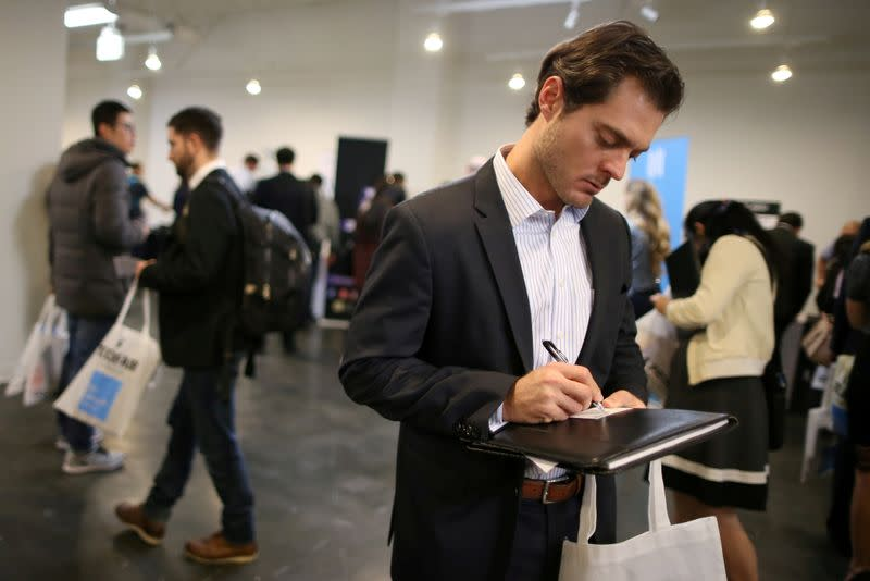 US Jobless Claims Dropped Last Week