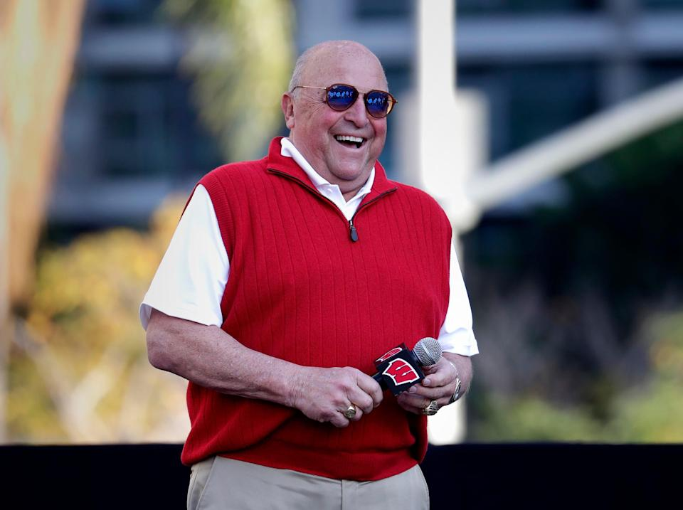Barry Alvarez, who returned UW's football program back to prominence in the 1990s and has been the schools fulltime athletic director since 2006, is set to announce his retirement Tuesday.