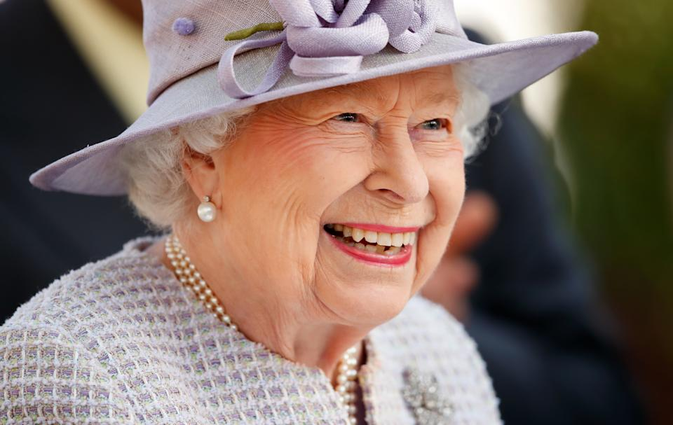 ASCOT, UNITED KINGDOM - OCTOBER 19: (EMBARGOED FOR PUBLICATION IN UK NEWSPAPERS UNTIL 24 HOURS AFTER CREATE DATE AND TIME) Queen Elizabeth II attends QICPO British Champions Day at Ascot Racecourse on October 19, 2019 in Ascot, England. (Photo by Max Mumby/Indigo/Getty Images)