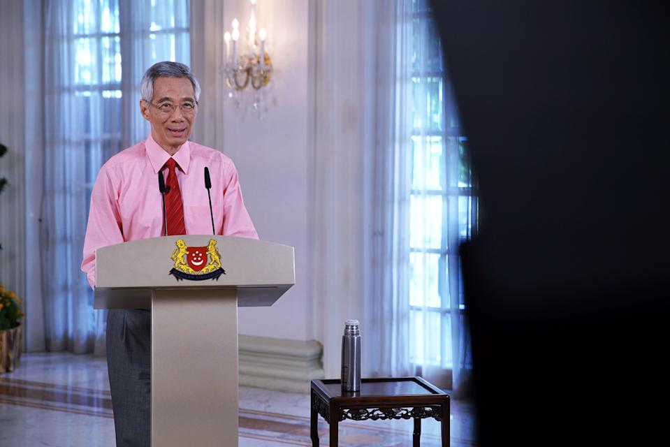 PM Lee Hsien Loong during his televised message on the COVID-19 situation on 3 April, 2020. (PHOTO: MCI)