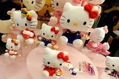 Hello Kitty beers make a splash in Asia