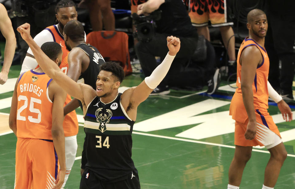 Giannis Antetokounmpo新賽季首要任務就是領軍力拚連霸。(Photo by Justin Casterline/Getty Images)