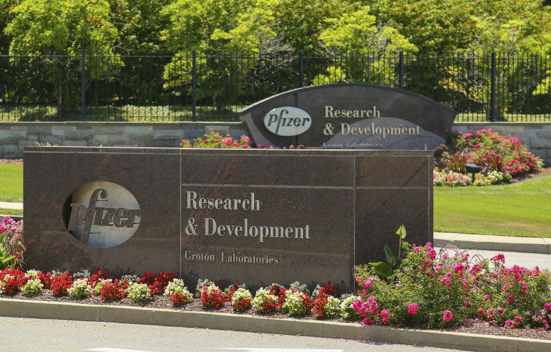 Pfizer tops 3Q earnings views, makes progress on COVID shot