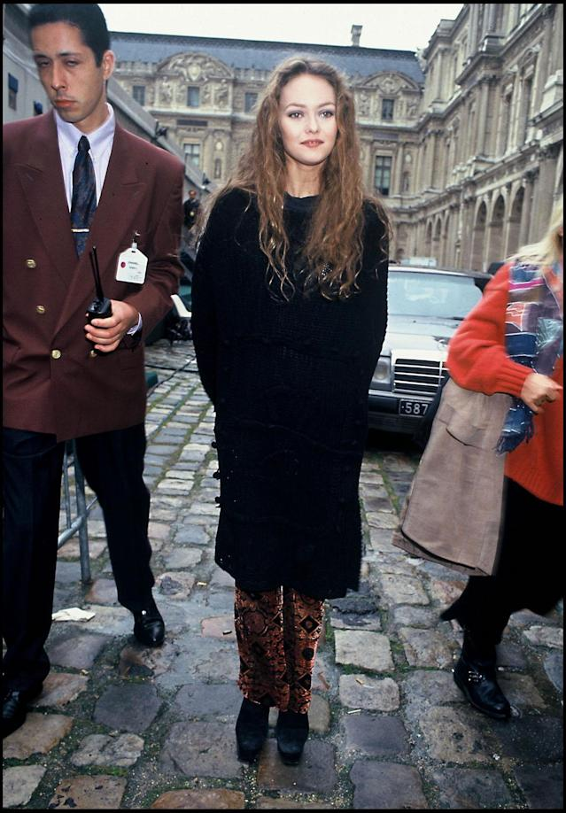 <p>Singer-songwriter Vanessa Paradis, photographed in 1994, has been a style icon for decades.<br> (Photo: Getty Images) </p>