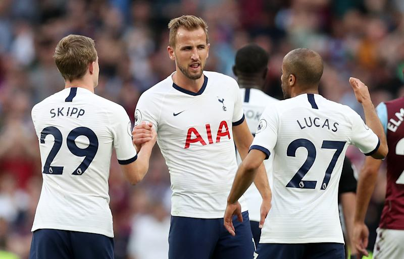 LONDON, ENGLAND - AUGUST 10: Oliver Skipp, Harry Kane, and Lucas Moura of Tottenham Hotspur celebrate following their sides victory in the Premier League match between Tottenham Hotspur and Aston Villa at Tottenham Hotspur Stadium on August 10, 2019 in London, United Kingdom. (Photo by Tottenham Hotspur FC/Tottenham Hotspur FC via Getty Images)