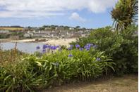 <p>Even the beaches in the capital of the islands Hugh Town are a delight. Porthcressa has fine sand and is backed by a promenade, with a cafe and toilets. It's one of the most family-friendly beaches in the Isles of Scilly.</p>
