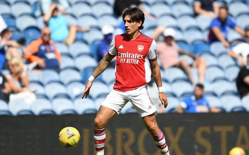 Hector Bellerin of Arsenal during the pre season friendly between Rangers and Arsenal at Ibrox - Transfer notebook: Hector Bellerin prepared to leave Arsenal despite lack of official bid - GETTY IMAGES