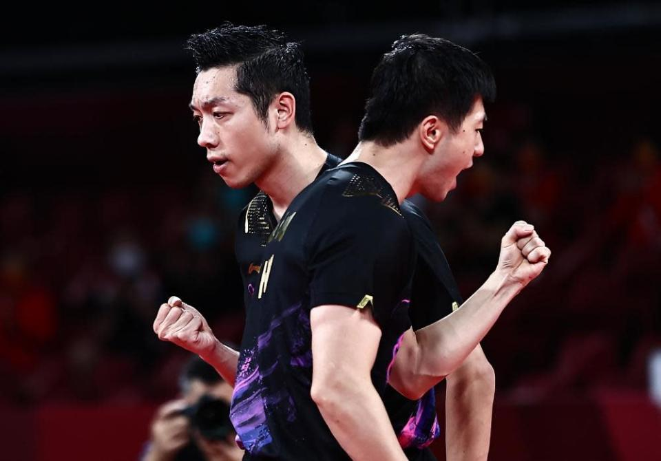 Ma Long and Xu Xin of China in the gold medal match.