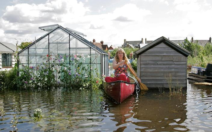 The floods of 2007 inspired the people of Osney Lock to harness the river's power for good - EDMOND TERAKOPIAN/AFP/Getty Images