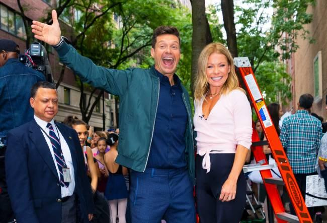 kelly-ripa-net-worth-live-with-kelly-and-ryan