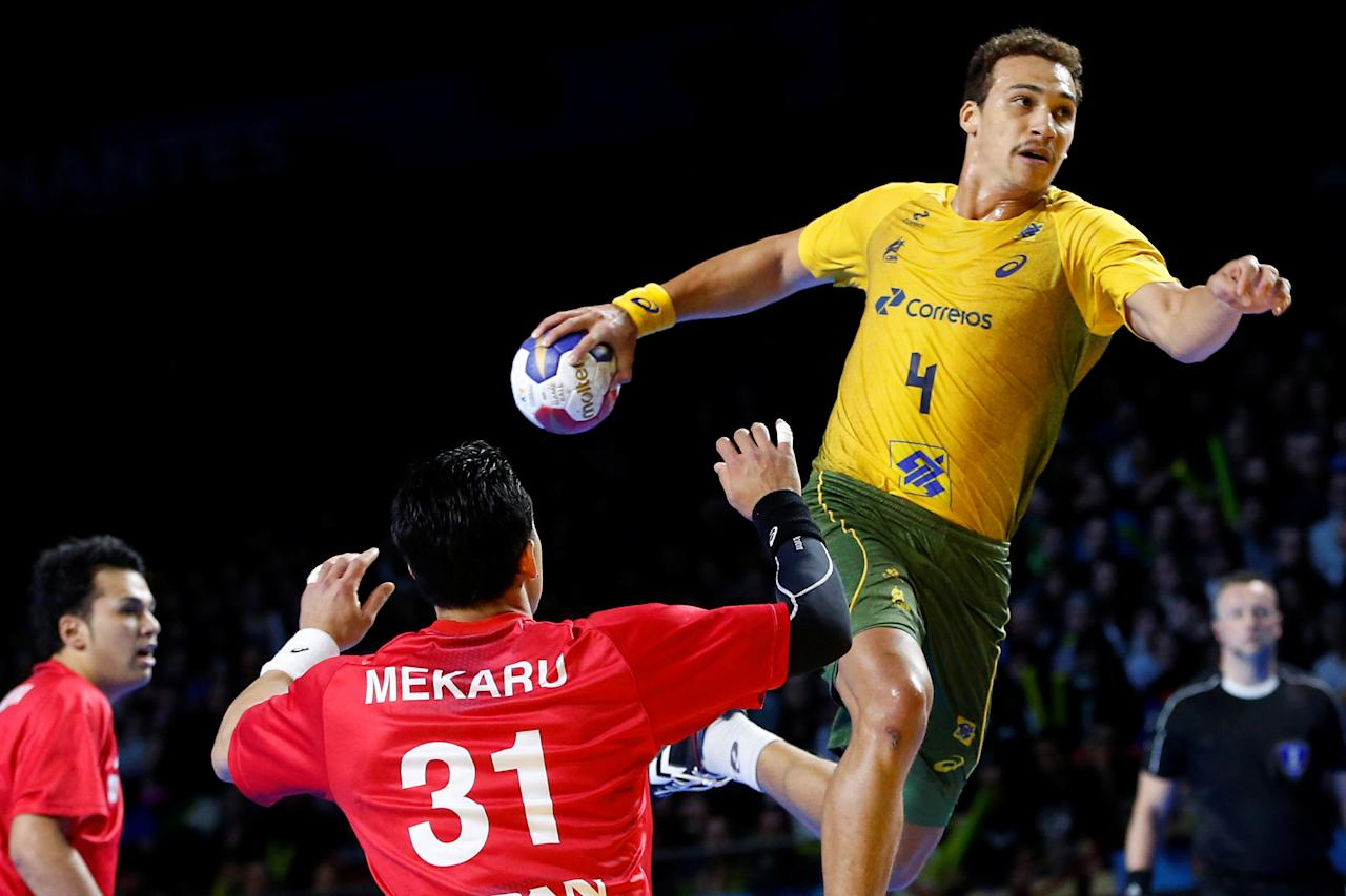 Men's Handball - Brazil v Japan - 2017 Men's World Championship Main Round - Group A - Parc des Expositions - Hall XXL, Nantes, France - 15/01/17 - Joao Pedro Da Silva of Brazil in action. REUTERS/Stephane Mahe