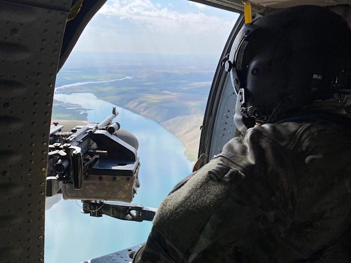 Army UH-60 Black Hawk helicopter Iraq