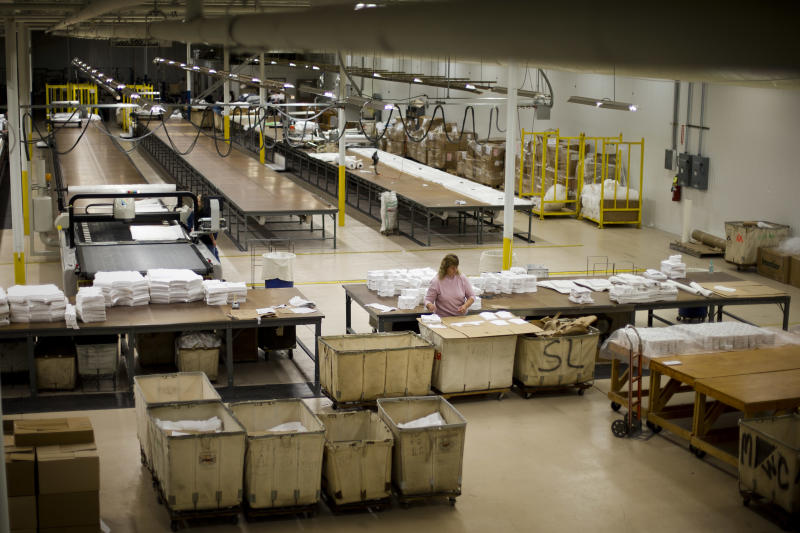 Sandy, budget worries hold back US factory output