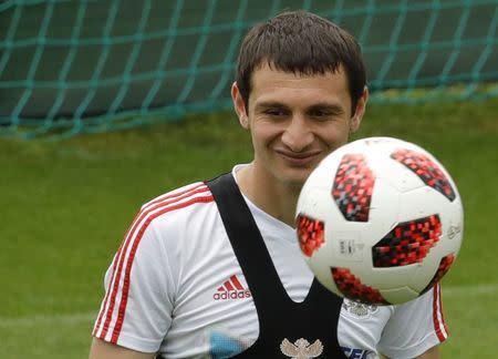 Dzagoev says he is fit for Russia's quarter-final against ...