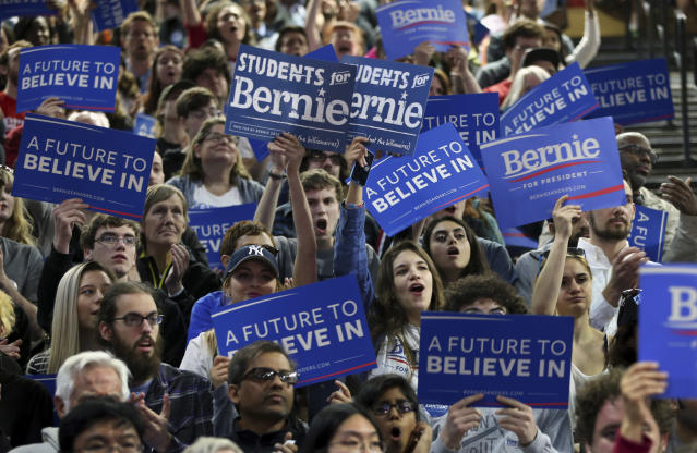 Sanders supporters at a rally in New Jersey, May 2016. (Photo: Mel Evans/AP)