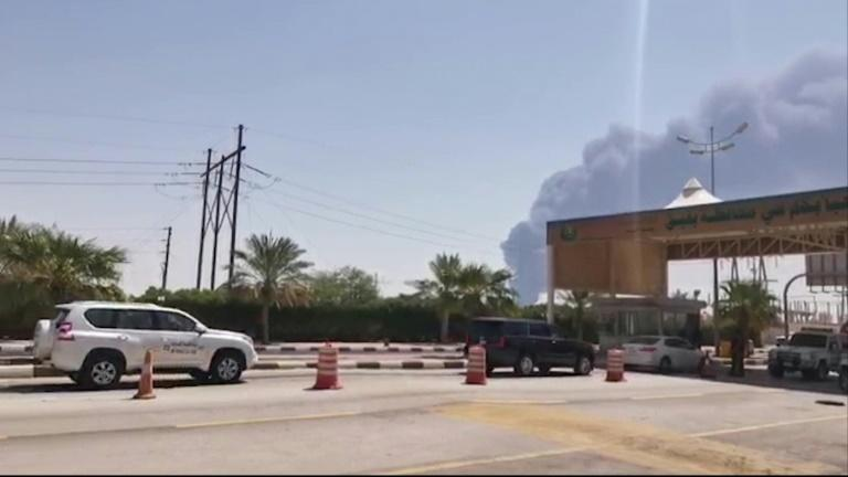 Smoke is seen billowing up from an Aramco oil facility in eastern Saudi Arabia after drone attacks claimed by Yemen's Huthi rebels sparked fires at two oil facilities (AFP Photo/-)