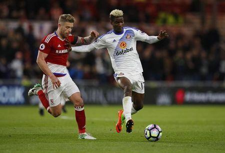 Britain Soccer Football - Middlesbrough v Sunderland - Premier League - The Riverside Stadium - 26/4/17 Sunderland's Didier Ndong in action with Middlesbrough's Adam Clayton Reuters / Phil Noble Livepic