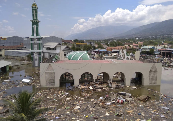 <p>The ruin of a mosque badly damaged by earthquake and tsunami is seen in Palu, Central Sulawesi, Indonesia, Saturday, Sept. 29, 2018. (Photo: Rifki/AP) </p>