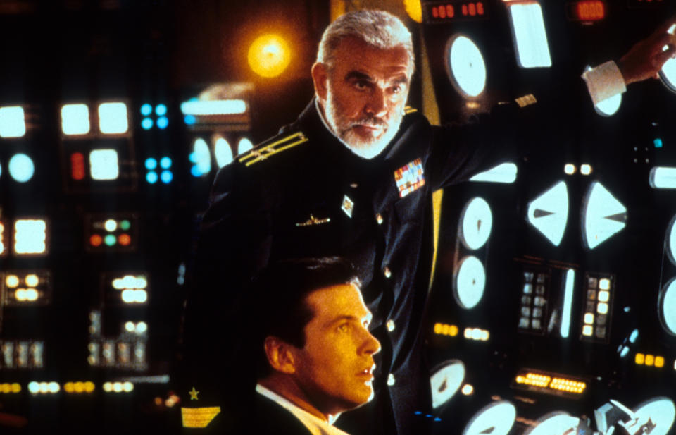 Alec Baldwin and Sean Connery in a scene from the film 'The Hunt For Red October', 1990. (Photo by Paramount/Getty Images)
