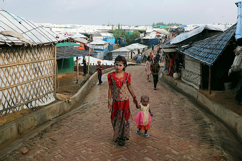 Rohingya Refugees Living in Bangladesh Agree Move to Bay of Bengal Island, Says Official