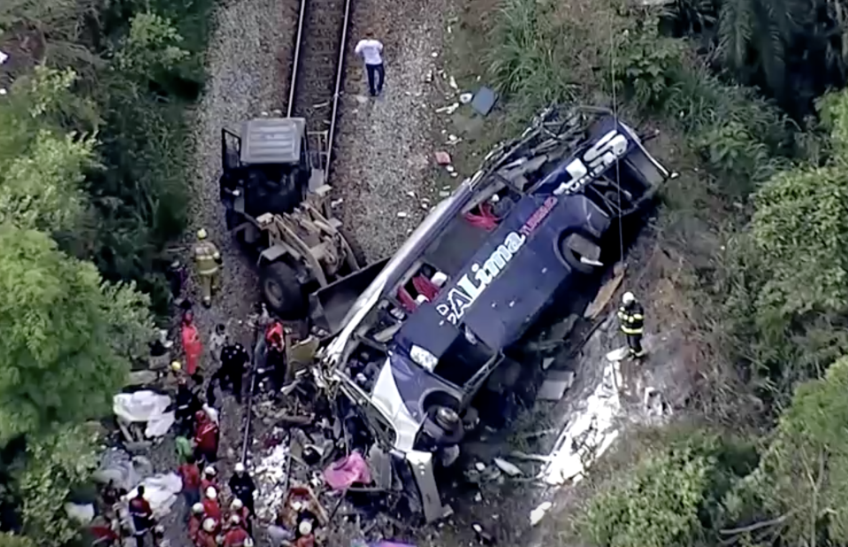 Bus falls off viaduct in Brazil, killing at least 16