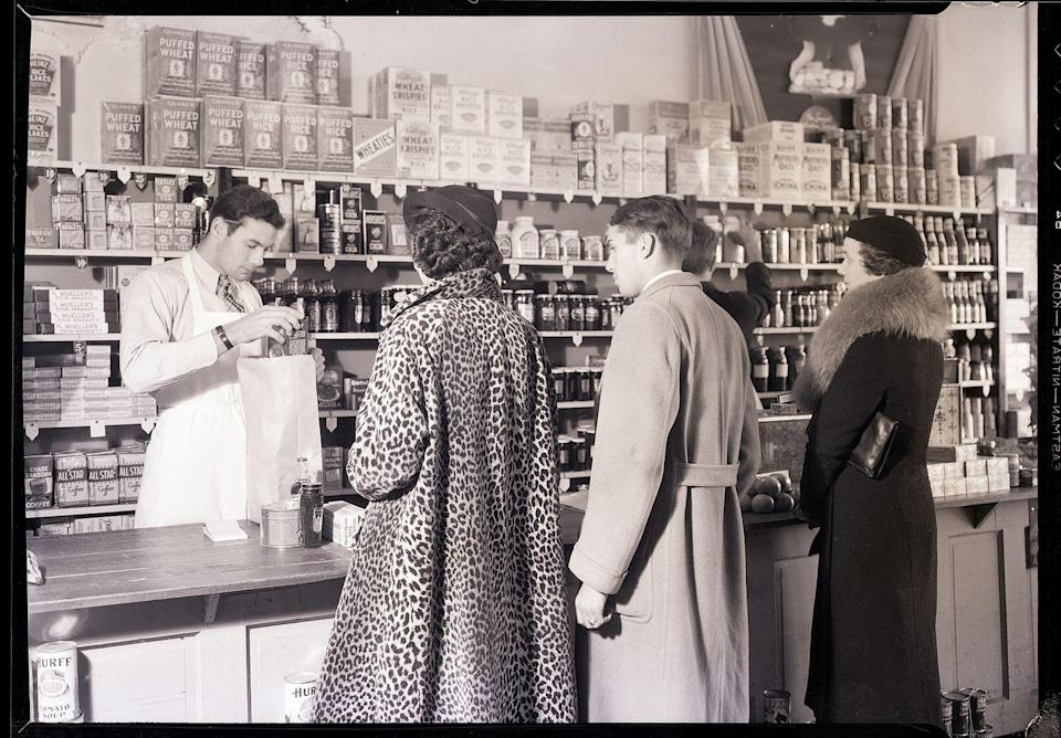 "<p>In the early '60s and '70s, a grocery store's footprint was <a href=""https://blog.cheapism.com/grocery-stores-then-and-now/#slide=1"" rel=""nofollow noopener"" target=""_blank"" data-ylk=""slk:at most 15,000-square-feet"" class=""link rapid-noclick-resp"">at most 15,000-square-feet</a>. Much different from the markets today, which are on average 45,000-square-feet.</p>"