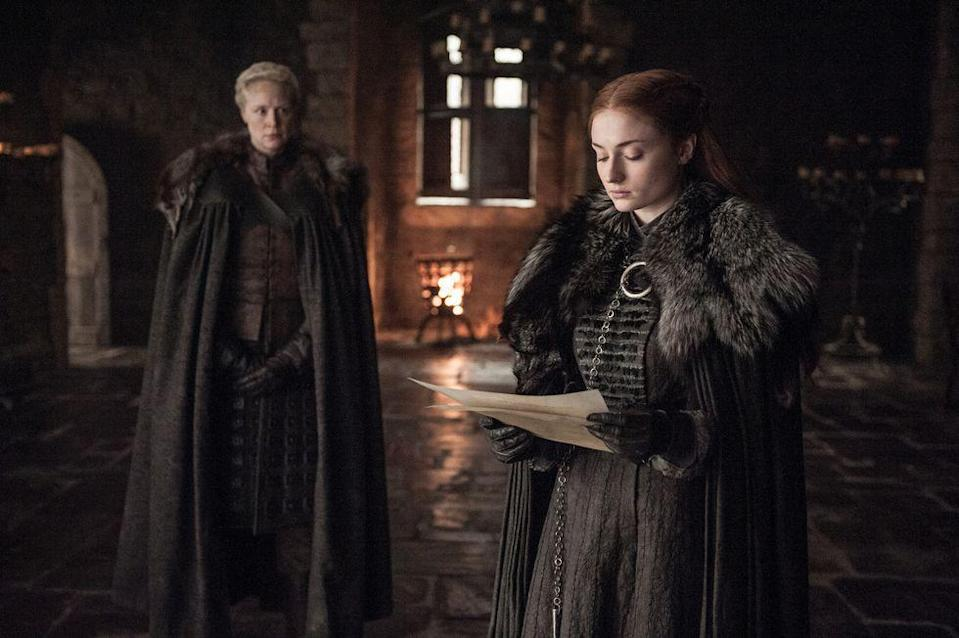 <p>Season 7 also sees Sansa dressing a lot like the show's other badass women, such as Daenerys and Cersei. She's wearing all black, battle-ready clothes, but accessorized with fur because, of course the North remembers.<br></p>