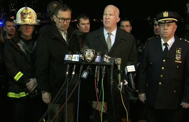 <p>In this image made from video provided by WNYW, New York City Police Commissioner James O'Neill speaks during a press conference a deadly helicopter crash in New York on March 11, 2018. (Photo: WNYW via AP) </p>