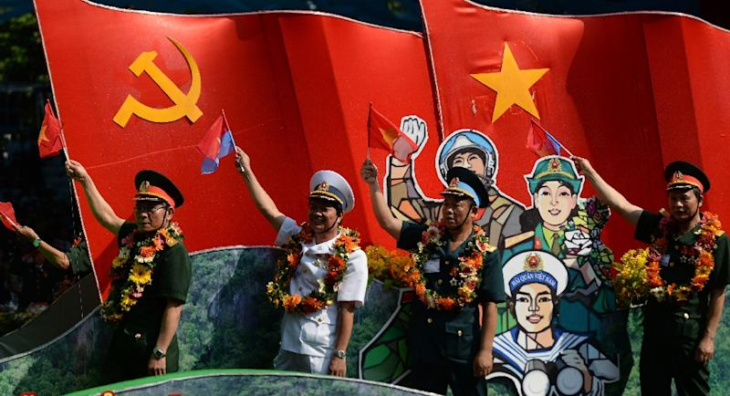 Vietnamese veterans take part in a parade in Ho Chi Minh City on April 30, 2015 marking the 40th anniversary of the fall of Saigon (AFP Photo/Hoang Dinh Nam)