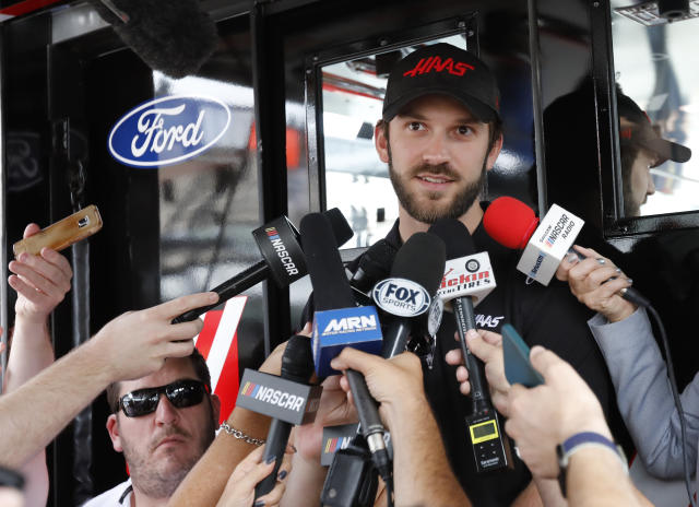 """<a class=""""link rapid-noclick-resp"""" href=""""/nascar/sprint/drivers/3574/"""" data-ylk=""""slk:Daniel Suarez"""">Daniel Suarez</a> said he was very confident that he would be back at Stewart-Haas Racing in 2020. He won't be. (AP Photo/Terry Renna)"""