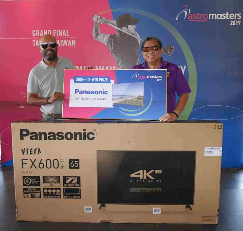 The Sure-to-Win NTP prize of a Panasonic 65-inch 4K Ultra HD Smart LED TV worth RM8,000 was won by Ahmad Kamel whose tee shot on the 140-yard par-3, 15th hole stopped 5 inches from the cup. ― Picture courtesy of Astro Masters