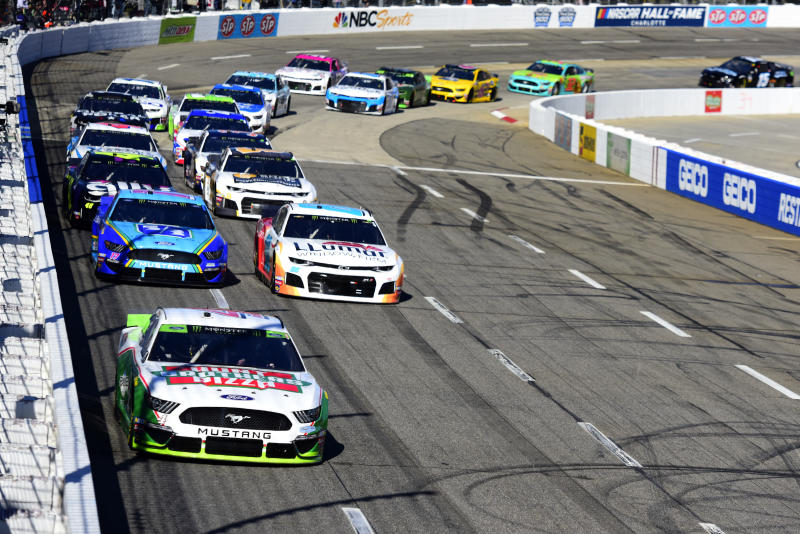 MARTINSVILLE, VIRGINIA - OCTOBER 27: Kevin Harvick, driver of the #4 Hunt Brothers Pizza Ford, leads a pack of cars during the Monster Energy NASCAR Cup Series First Data 500 at Martinsville Speedway on October 27, 2019 in Martinsville, Virginia. (Photo by Jared C. Tilton/Getty Images)
