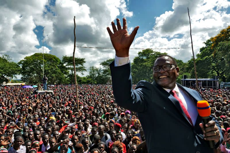 Malawi opposition leader wins presidential election re-run