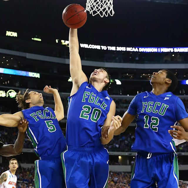 <p>Just a few years after transitioning to the Division I level in 2011, Florida Gulf Coast made a huge impact in its first-ever NCAA tournament appearance. The Eagles are the only 15 seed to ever advance to the Sweet 16, and they did it with a high-flying, entertaining offense that earned them the nickname 'Dunk City.' FGCU knocked off No. 2 Georgetown and No. 7 San Diego State in consecutive games to cement themselves in tourney history. </p>