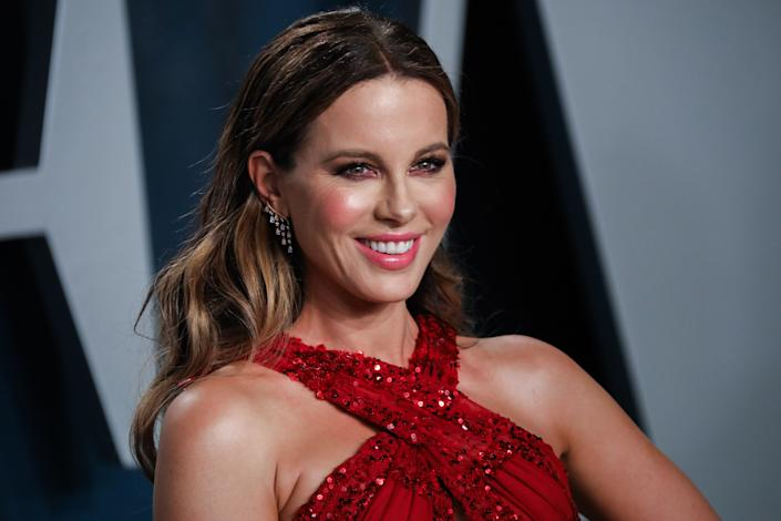 Kate Beckinsale walking on the red carpet at the 2020 Vanity Fair Oscar Party hosted by Radhika Jones held at the Wallis Annenberg Center for the Performing Arts in Beverly Hills on February 9, 2020. (Photo by JC Olivera/Sipa USA)