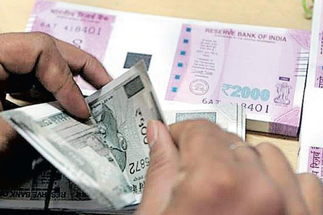 Delay in repayment by 2 Essel firms: HDFC AMC gets nod to roll over FMPs