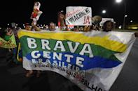 People demonstrate supporting the impeachment of Brazil's President Dilma Rousseff on December 2, 2015 in front of the Congress in Brasilia (AFP Photo/Evaristo Sa)