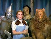 """<a href=""""http://movies.yahoo.com/movie/the-wizard-of-oz/"""" data-ylk=""""slk:THE WIZARD OF OZ"""" class=""""link rapid-noclick-resp"""">THE WIZARD OF OZ</a> (1939) <br>Directed by: <span>Victor Fleming</span> <br>Starring: <span>Judy Garland</span>, <span>Frank Morgan</span> and <span>Ray Bolger</span>"""