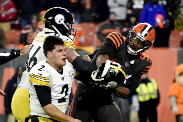 Sheldon Richardson thinks Mason Rudolph deserves blame for his role in the Browns-Steelers brawl on Thursday night. (Jason Miller/Getty Images)