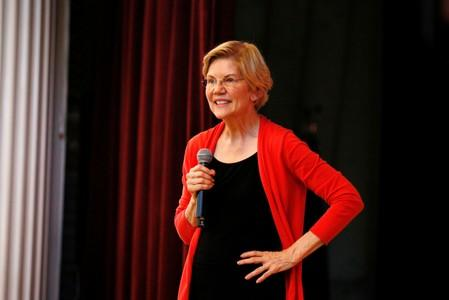 FILE PHOTO: Democratic 2020 U.S. presidential candidate Sen. Elizabeth Warren speaks during a town hall at the Peterborough Town House in Peterborough New Hampshire