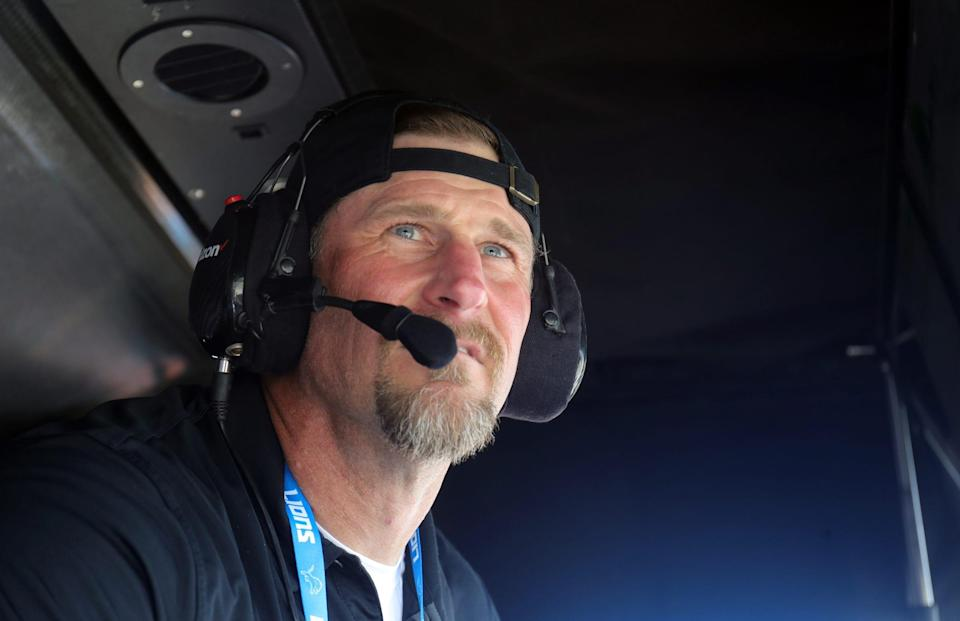 Detroit Lions head coach Dan Campbell watches NTT Indycar Series qualifying for Dual 1 at the Chevrolet Detroit Grand Prix Saturday, June 12, 2021, on Belle Isle in Detroit .