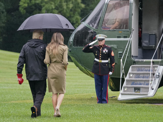<p>President Donald Trump and first lady Melania Trump walk across the South Lawn of the White House in Washington to board Marine One helicopter for the short flight to nearby Andrews Air Force Base, Md., Saturday, Sept. 2, 2017. (Photo: Pablo Martinez Monsivais/AP) </p>