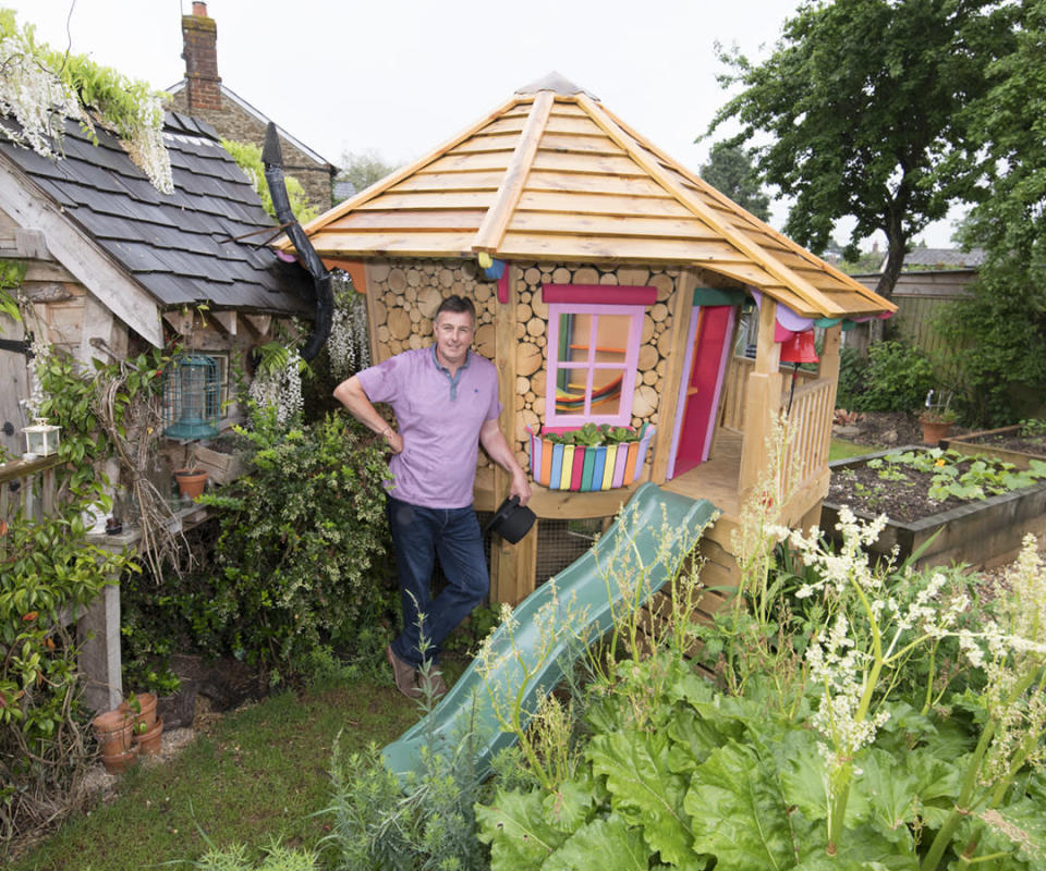 <p>CABINS & SUMMERHOUSES:<br>Owned by Steve Burrows in Longcot, Oxfordshire (Picture: Shed of the Year) </p>