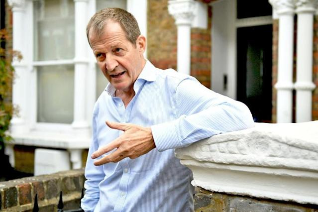 Alastair Campbell: Labour to review expulsion of Blair's ex-spin