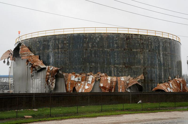 Harvey: Why Oil Prices Are Falling, Not Spiking